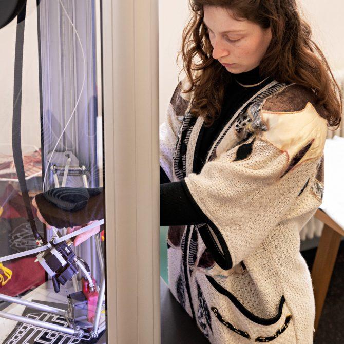 El Research and Education Center (REC) de IED celebra la primera cumbre de RE-FREAM, un programa internacional que vincula moda e investigación tecnológica